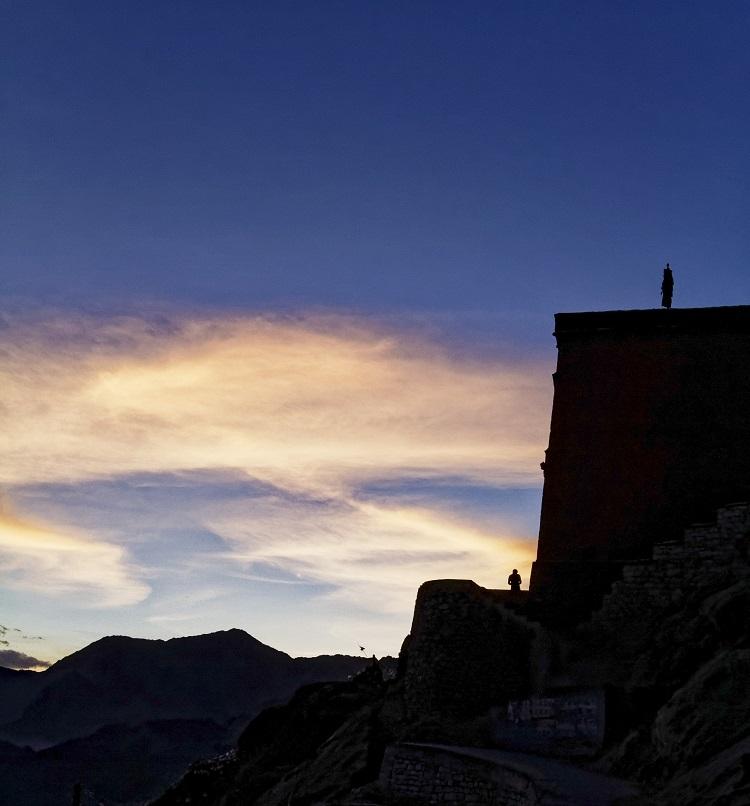 라다크 여행의 절반은 하늘의 풍경에 있다