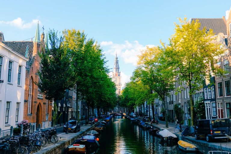 환경 넘어 친환경을 이끌다, 네덜란드